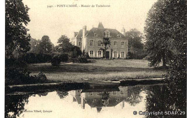 Manoir de Trébéhoret (Photo Villard, copyright SDAP 29)