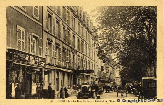 Hôtel de l'Epée, carte postale Villard (copyright SDAP)