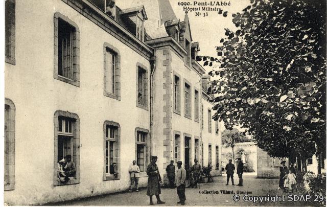 L'hôpital militaire à l'Hôtel-Dieu de Pont-l'Abbé. Photographie Villard, copyright SDAP