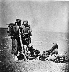Soldats français (zouaves) pendant la Guerre de Crimée. Coll. Windsor