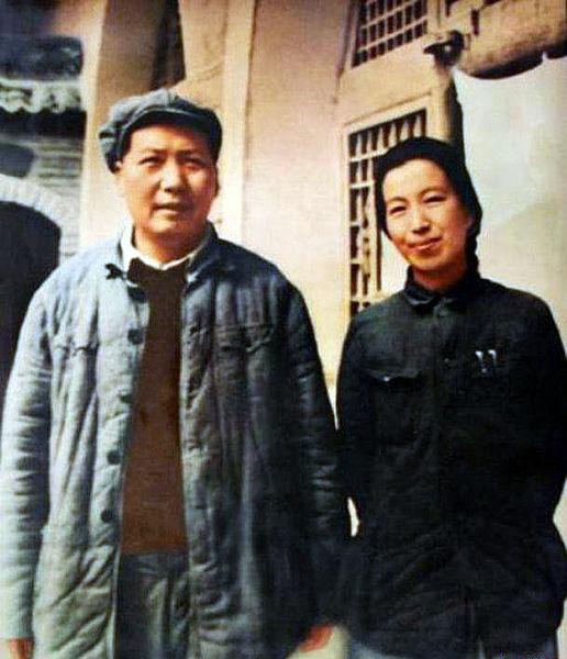 516px-Mao_and_Jiang_Qing_1946