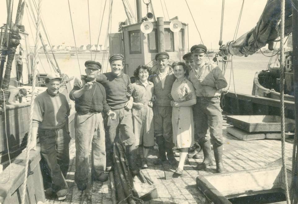 Coll Hervé Le Nours ; x, Charlot, Arthur Boënnec, x, Pierre Gueguen,x,x, Michel Guirriec.