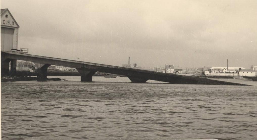 Port, zb zu, coll B. Bouguéon, 1952