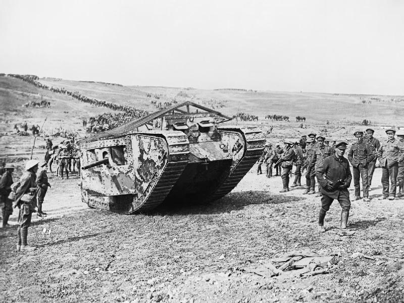 Tank_preparing_to_advance_at_Flers-Courcelette_Imperial war museum